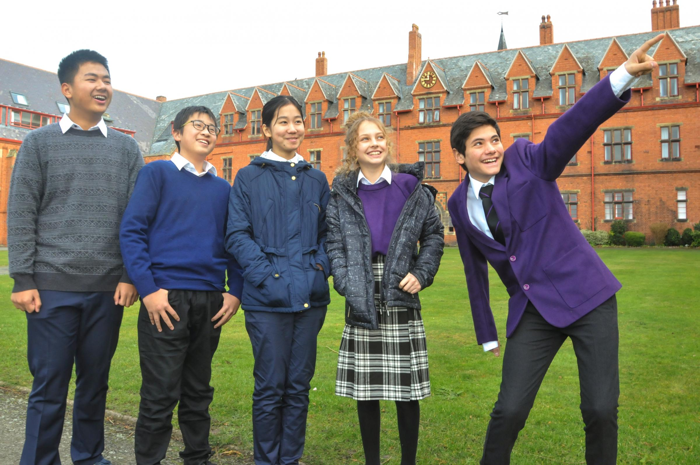 Ellesmere College, As part a national newspaper competition a group of Chinese students aged from 11 to 14 won the oppertunity to experience life in a UK boarding School. Picture Mark Li age 14, Ryan Sin g 13, CiCi Li 12 with year 8 & 9 buddies Gloria Lip